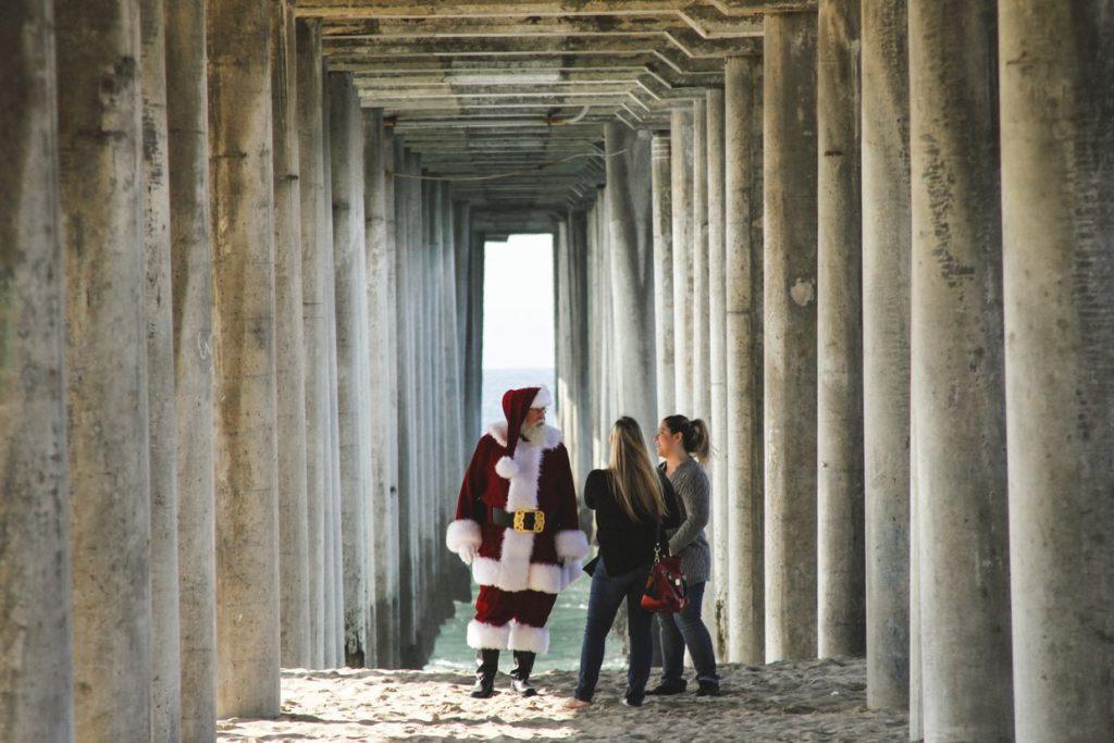 Santa Early